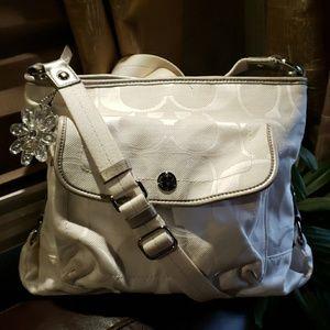 Coach Kyra White Crossbody Bag Purse Daisy Shoulde